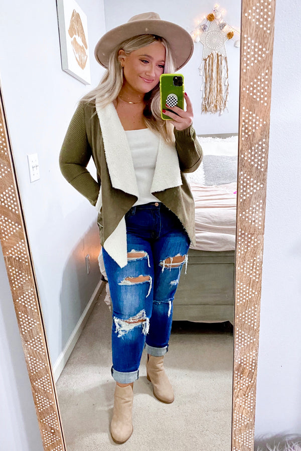 Ashtin Distressed Boyfriend Jeans - Madison and Mallory