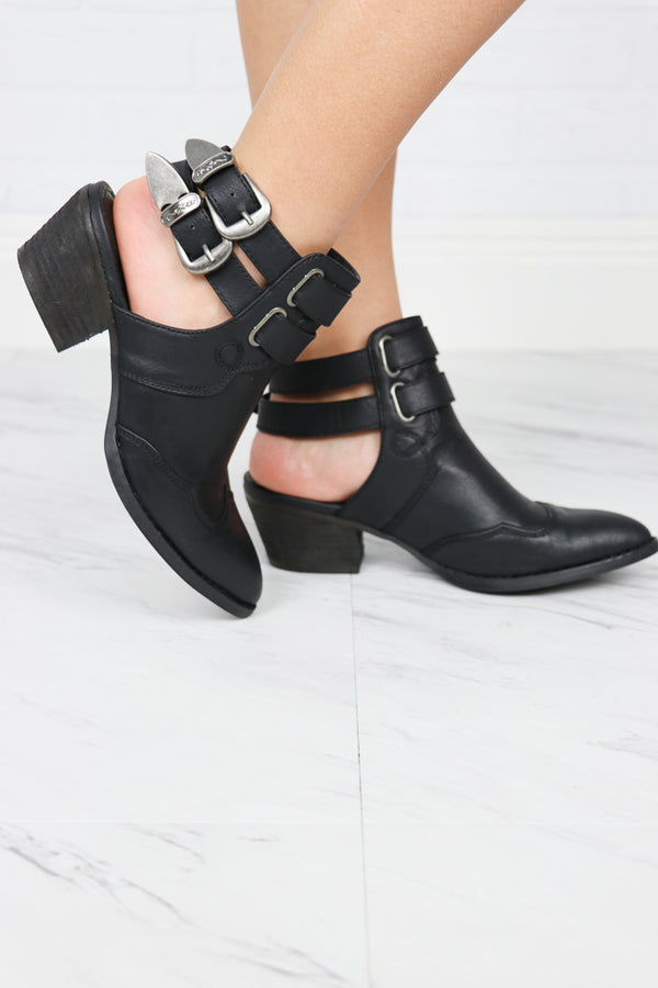 6 / Black Starlight Western Buckle Slingbacks - Madison + Mallory