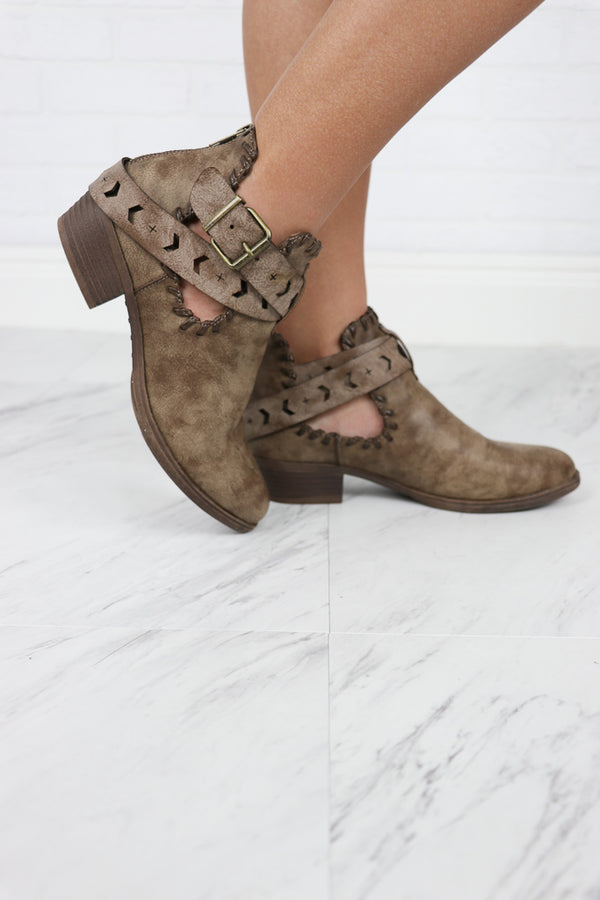 6 / Brown/Washed Distressed Cutout Booties - Madison + Mallory