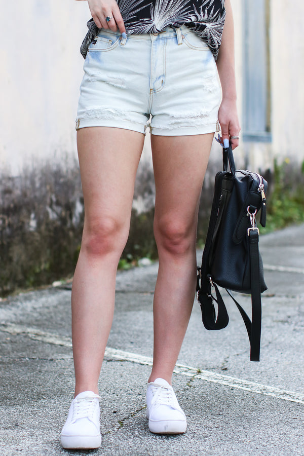 XS / Light Visalia Distressed Denim Shorts - FINAL SALE - Madison and Mallory