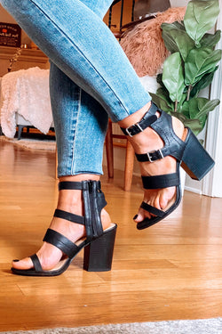 Black / 5.5 Metropolitan Buckle Detail Stacked Heels - Black - Madison and Mallory