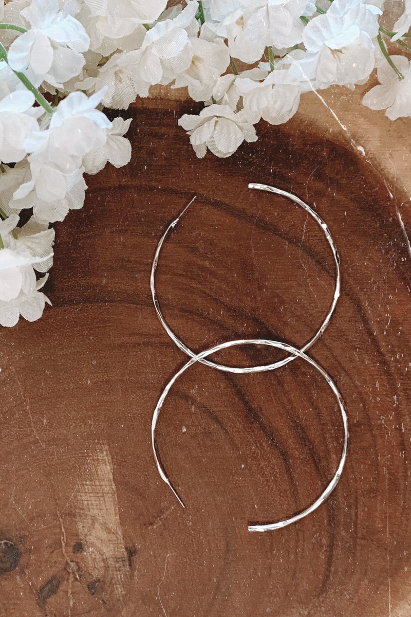 Silver Round Here Hammered Hoop Earrings - Madison and Mallory