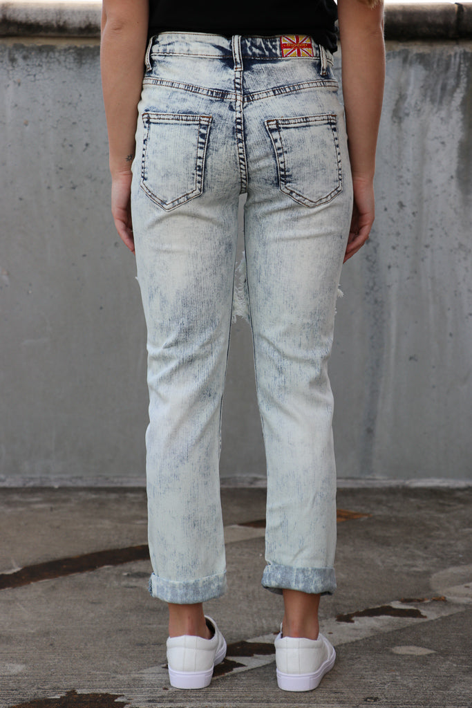Light Wash Mid-Rise Boyfriend Jeans - Madison + Mallory