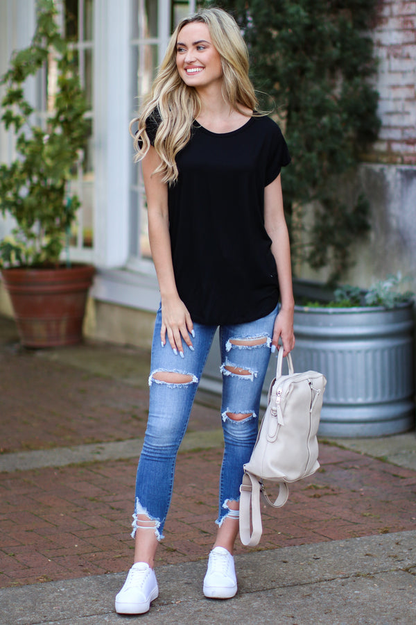 Kenzie Relaxed Fit Tee - Black - Madison and Mallory