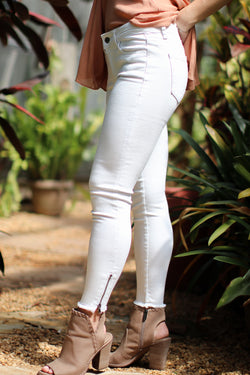 25 Hannah Ankle Zip Jeans - Madison + Mallory