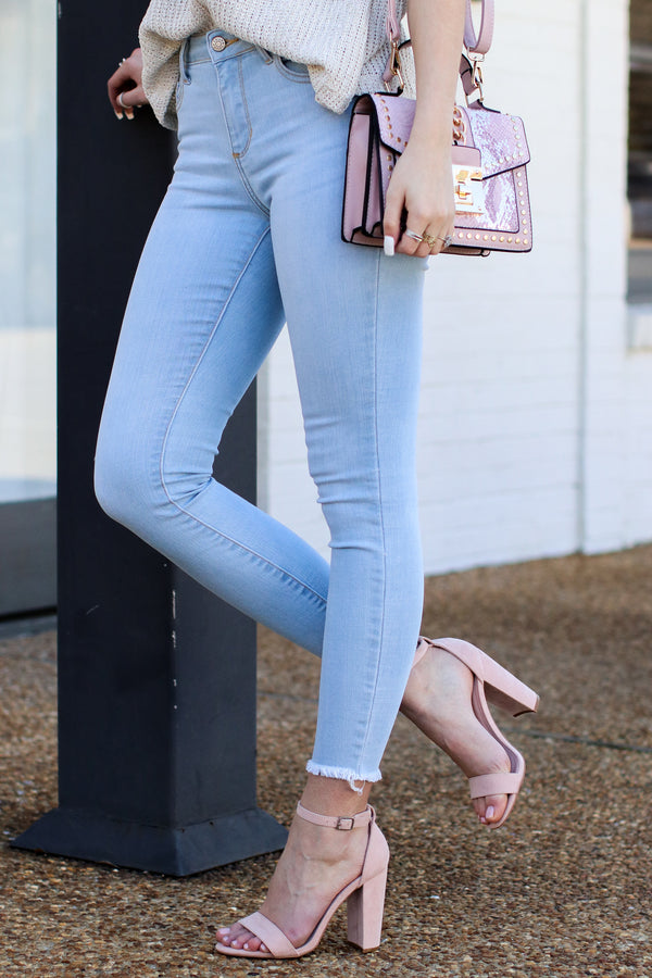 Reya Light Wash Skinny Jeans | CURVE - Madison and Mallory