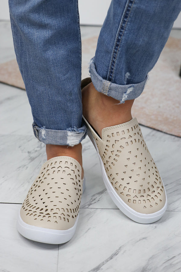 6 / Nude Nude Detail Slip On - Madison + Mallory