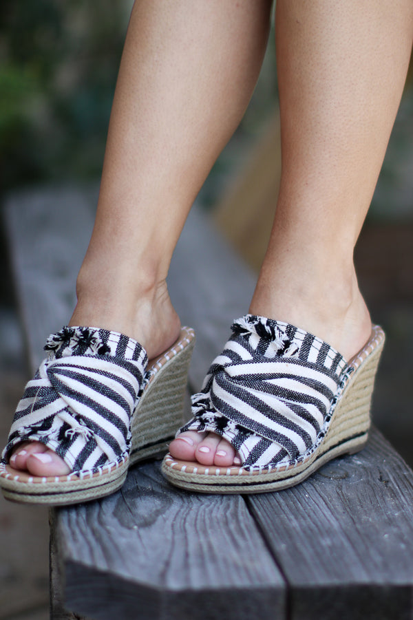 6 / Natural/Black Stripe Laila Espadrille Wedges - Madison + Mallory