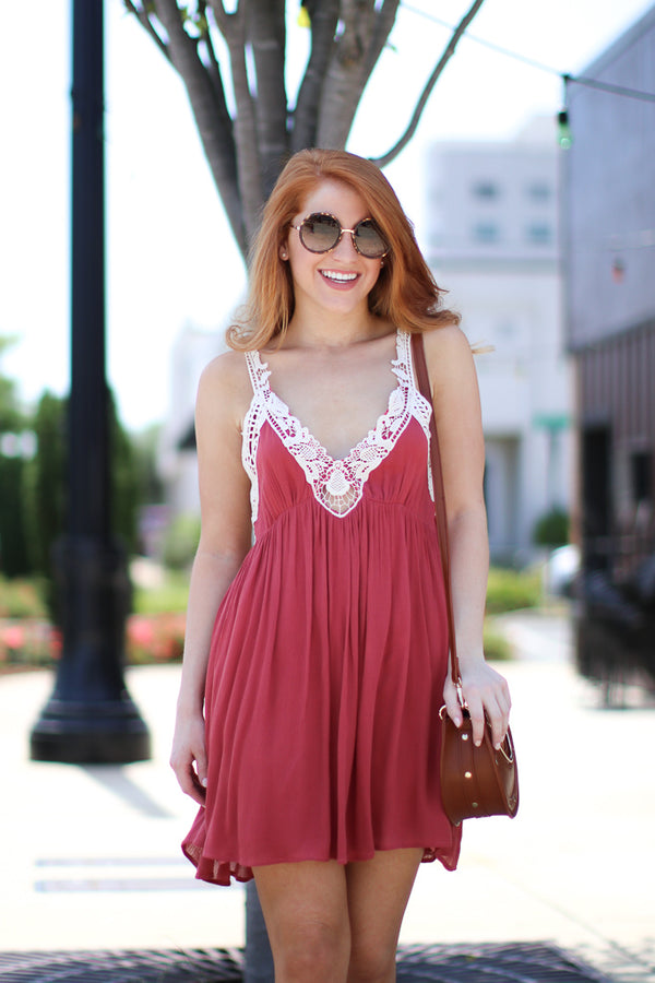 S / Deep Coral Lace Detail V-Neck Dress - Madison + Mallory