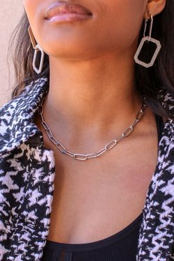 Silver Royal Rank Chain Detail Choker Necklace - Madison and Mallory