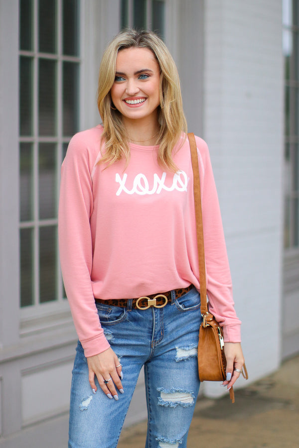 S / Pink XOXO Graphic Top - Madison + Mallory