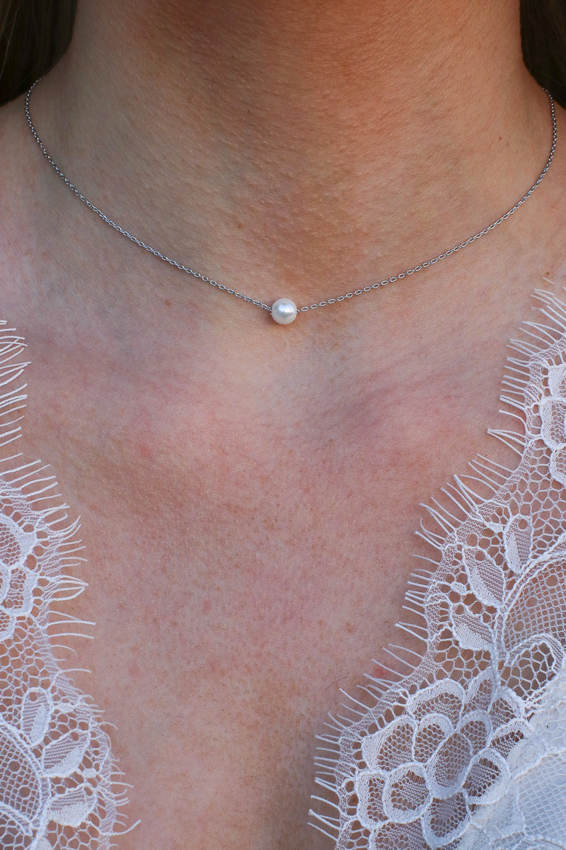 Silver Delphine Pearl Necklace - Madison and Mallory