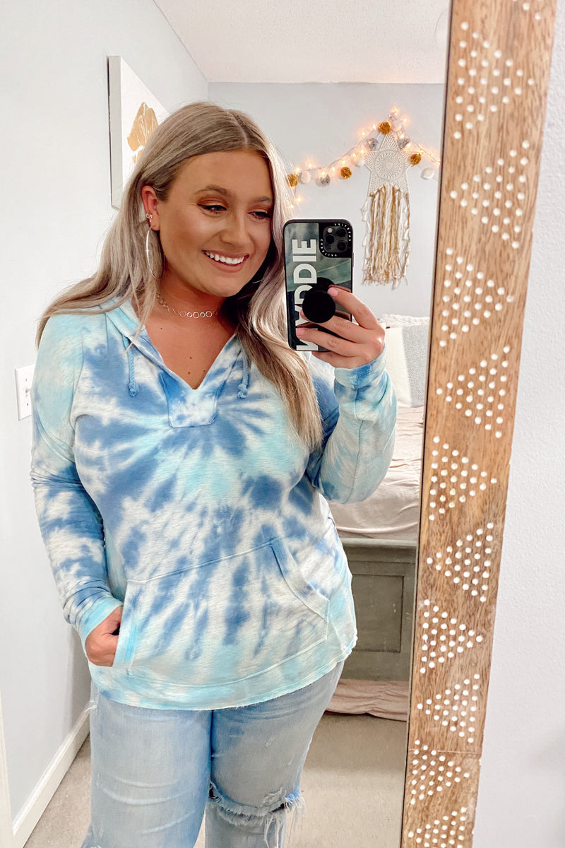 S / Ocean Tidal Wave Tie Dye Hooded Top - Madison and Mallory