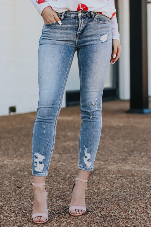 0/24 / Light Calista Distressed Skinny Jeans - Madison and Mallory