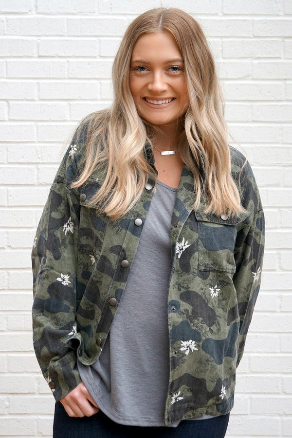 S / Army Green Floral Camo Jacket - Madison + Mallory