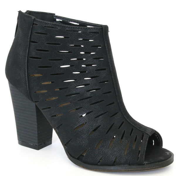 6 / Black Laser Cut Stacked Heel - Madison + Mallory