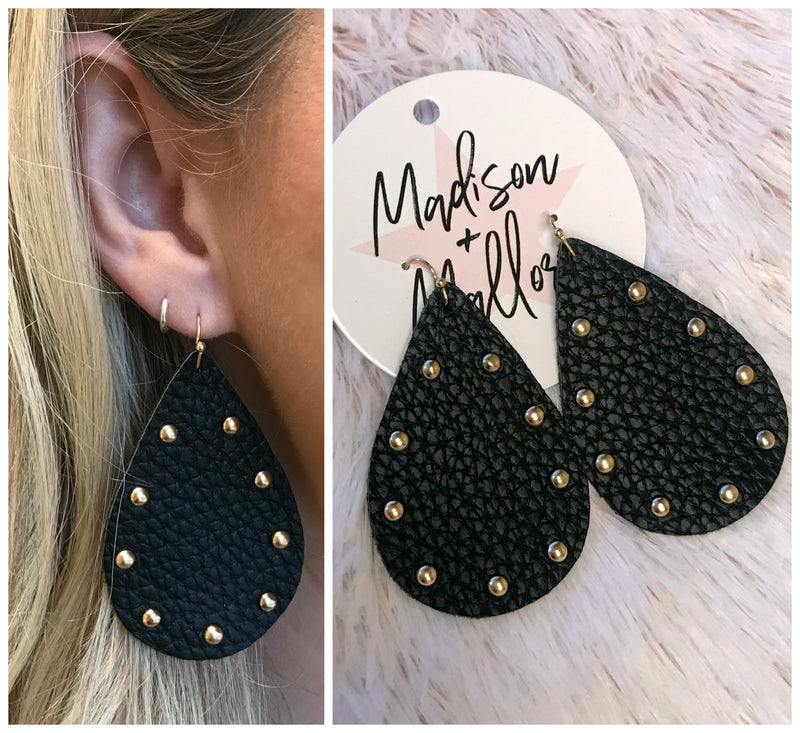 Strike a Pose Earrings - Madison + Mallory