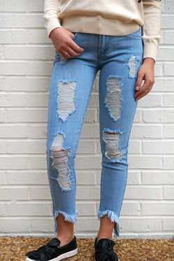 25 / Light Denim Ava Frayed Hem Jeans - Madison + Mallory