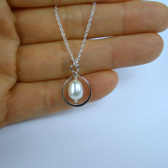 Mother Necklace Bridesmaid Jewelry Sterling Silver Necklaces for Women Infinity Eternity Mother of Groom Necklace Pearl Necklace