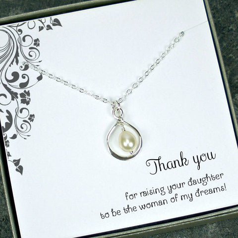 wedding party gift for mother in law pearl necklace