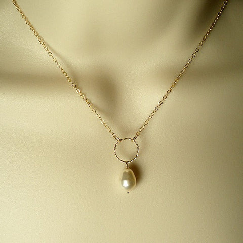 Dainty Gold Circle Necklace, Single Pearl Necklace, Simple Pearl Necklace