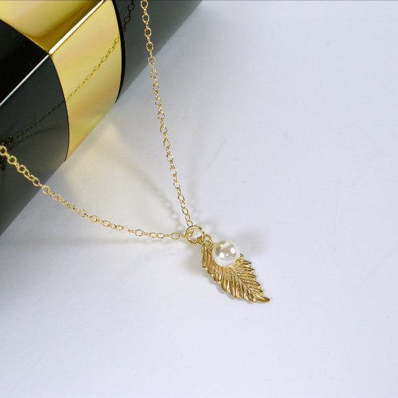 simple gold leaf necklace womens