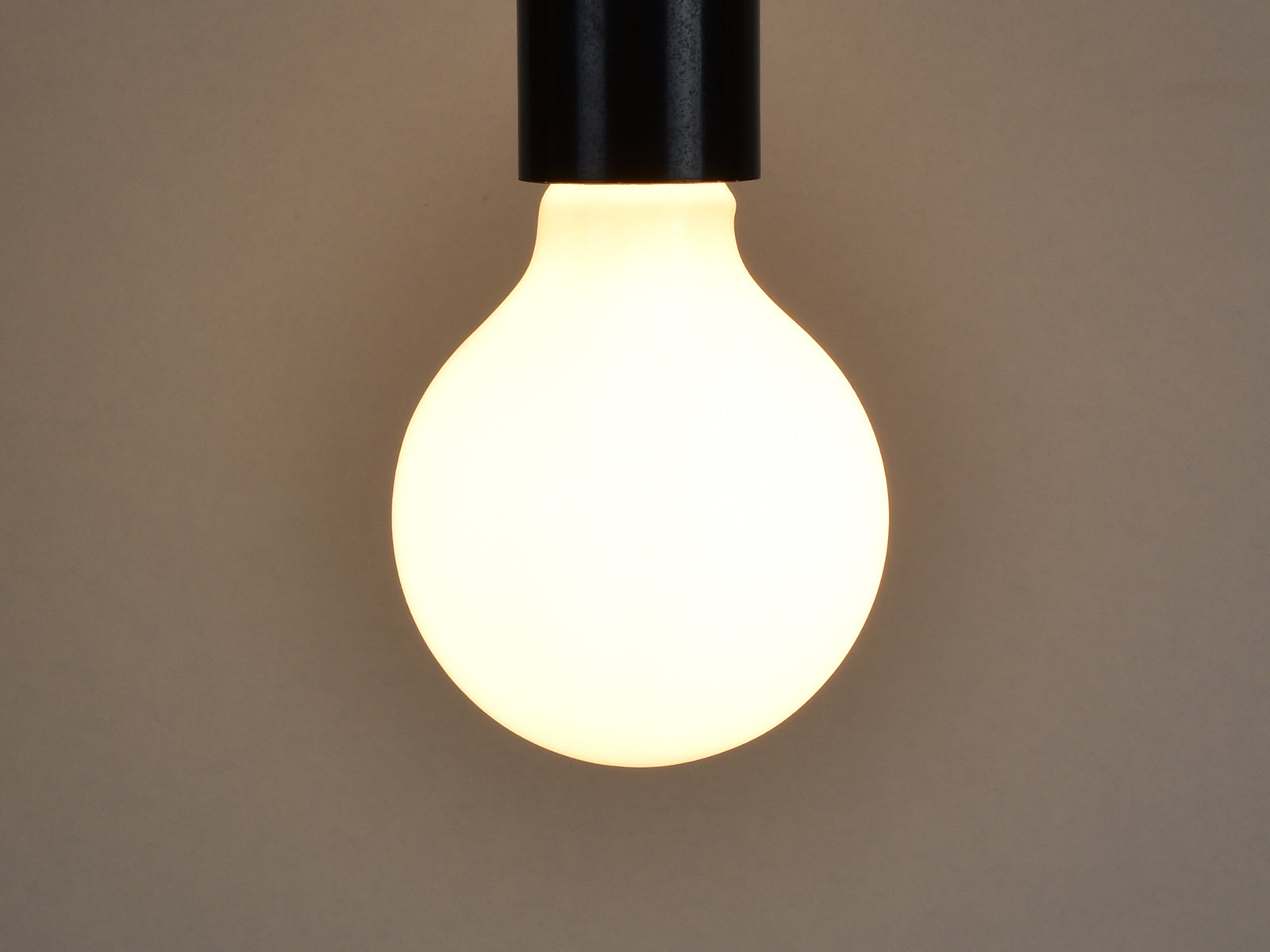 E27 LED Filament Bulb | G80 | Milky - Vendimia Lighting Co.