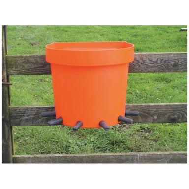 Calf Feeder Rail Bucket 6-Place