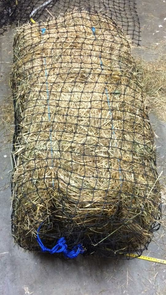 Large Slow Feeding Hay Net 40mm x 40mm 48 ply (Original Top)