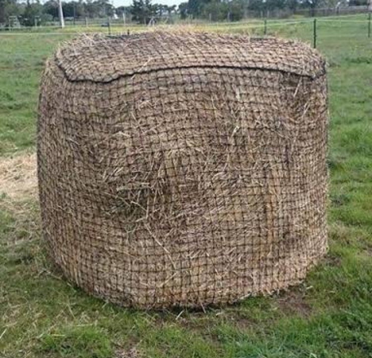 5x4 Round Bale Slow Feeding Hay Net 30mm x 30mm 48 ply