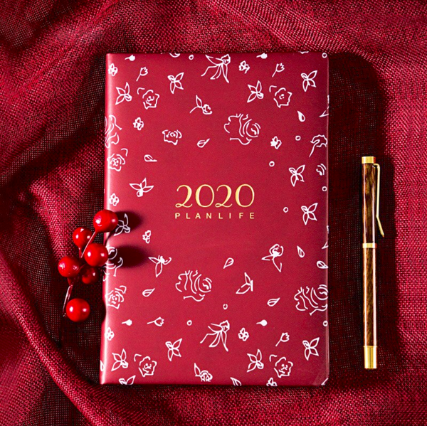 2020 Red Roses Personal Planner