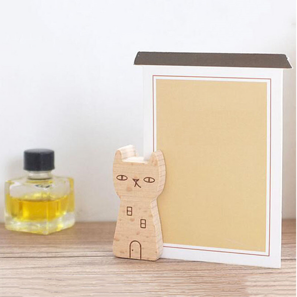 Yume Wooden Memo Holder 2