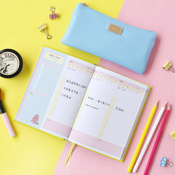 365 Days Personal Planner - Bright Colors - Flat lay 2