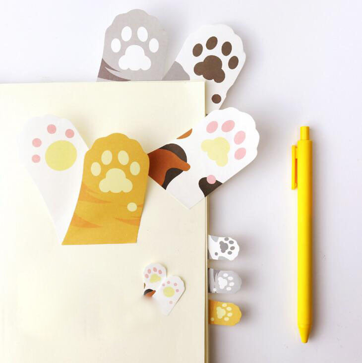 Sticky Notes cat paws detention notes