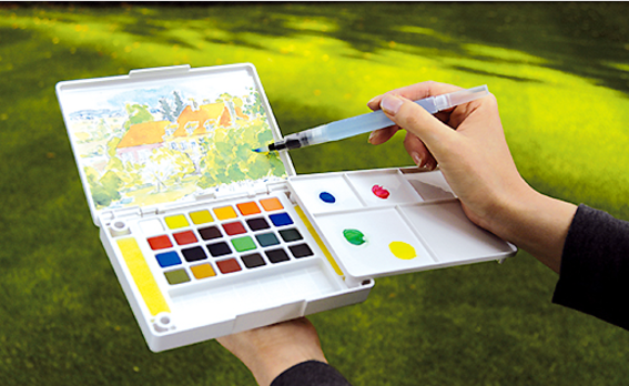 Sakura Petit Color Watercolor Field Sketch Box Set - 30 Color Palette + Water Brush 9