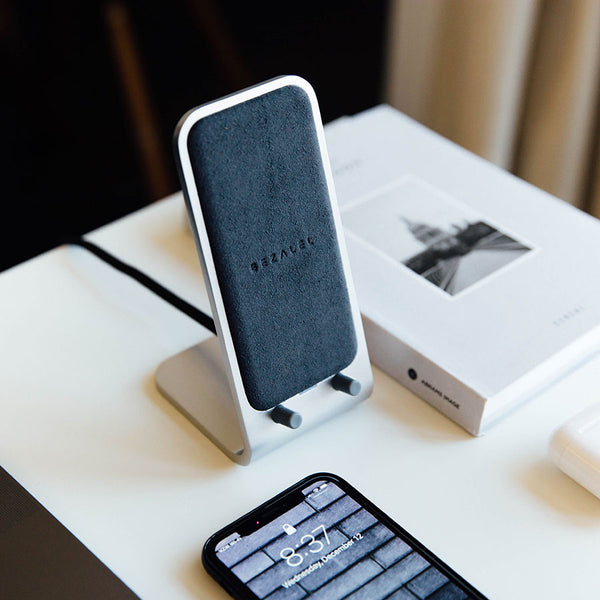 Altair Wireless Charging Stand