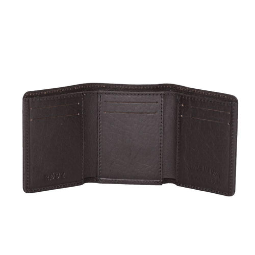 Trifold wallet with multiple slots