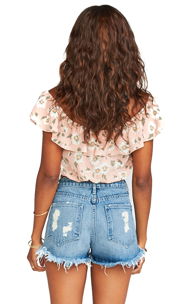 show me your mumu floral darla top with ruffle sleeves back photo