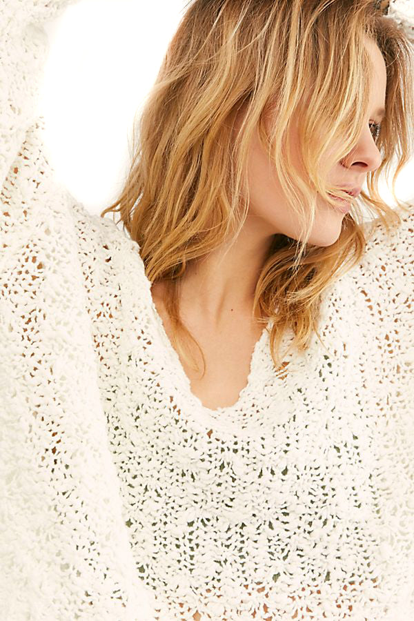 Ivory Sunday Shore Pullover close up