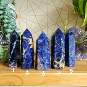 Sodalite Points (S)