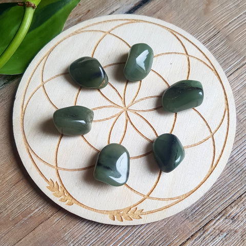 Green Chalcedony - tumbled - 6 pack