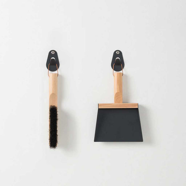 Andree Jardin Brush & Shovel Set