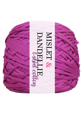 T-shirt Yarn in Magenta