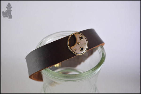 Lunar - Leather collar