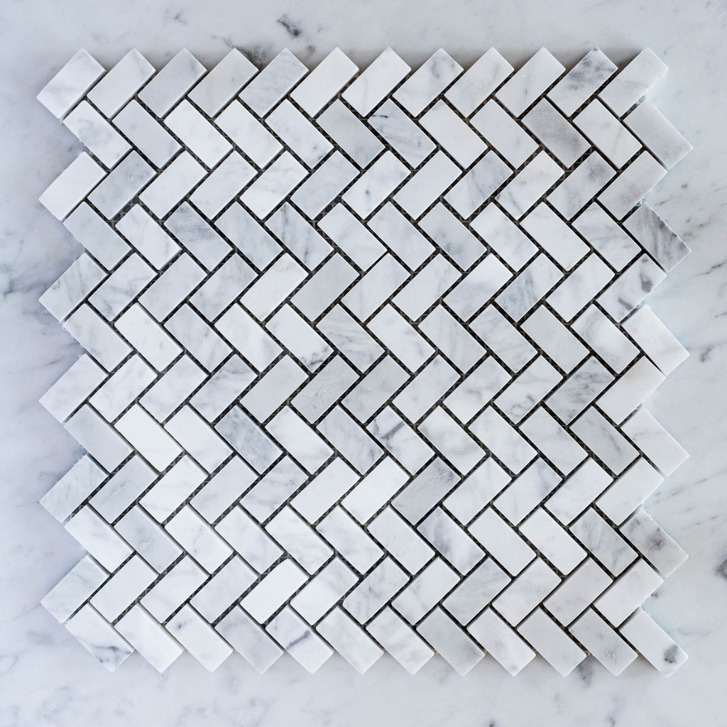 CARRARA / HERRINGBONE SMALL