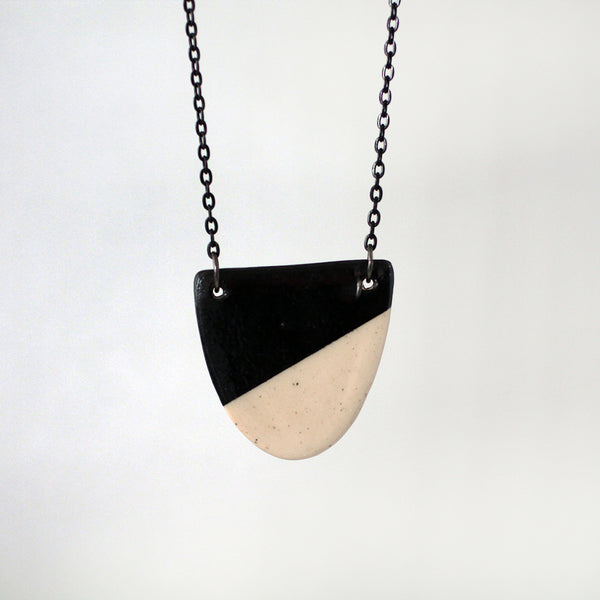 Ceramic Necklace #001