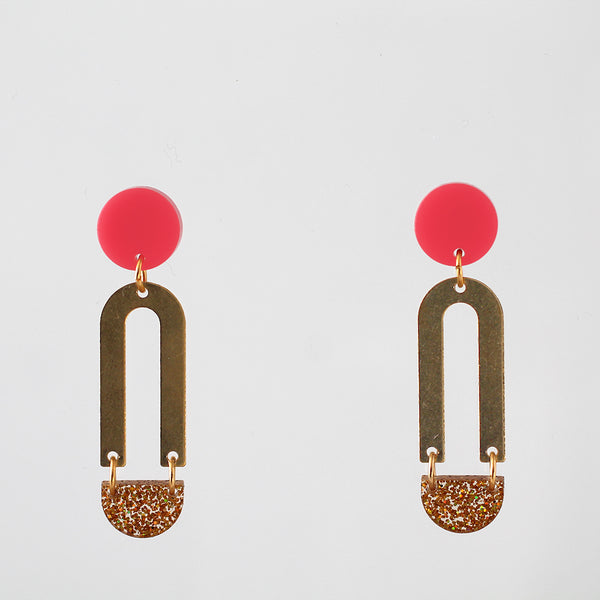 Wobbly Circle Earrings - Bubblegum and Gold Glitter