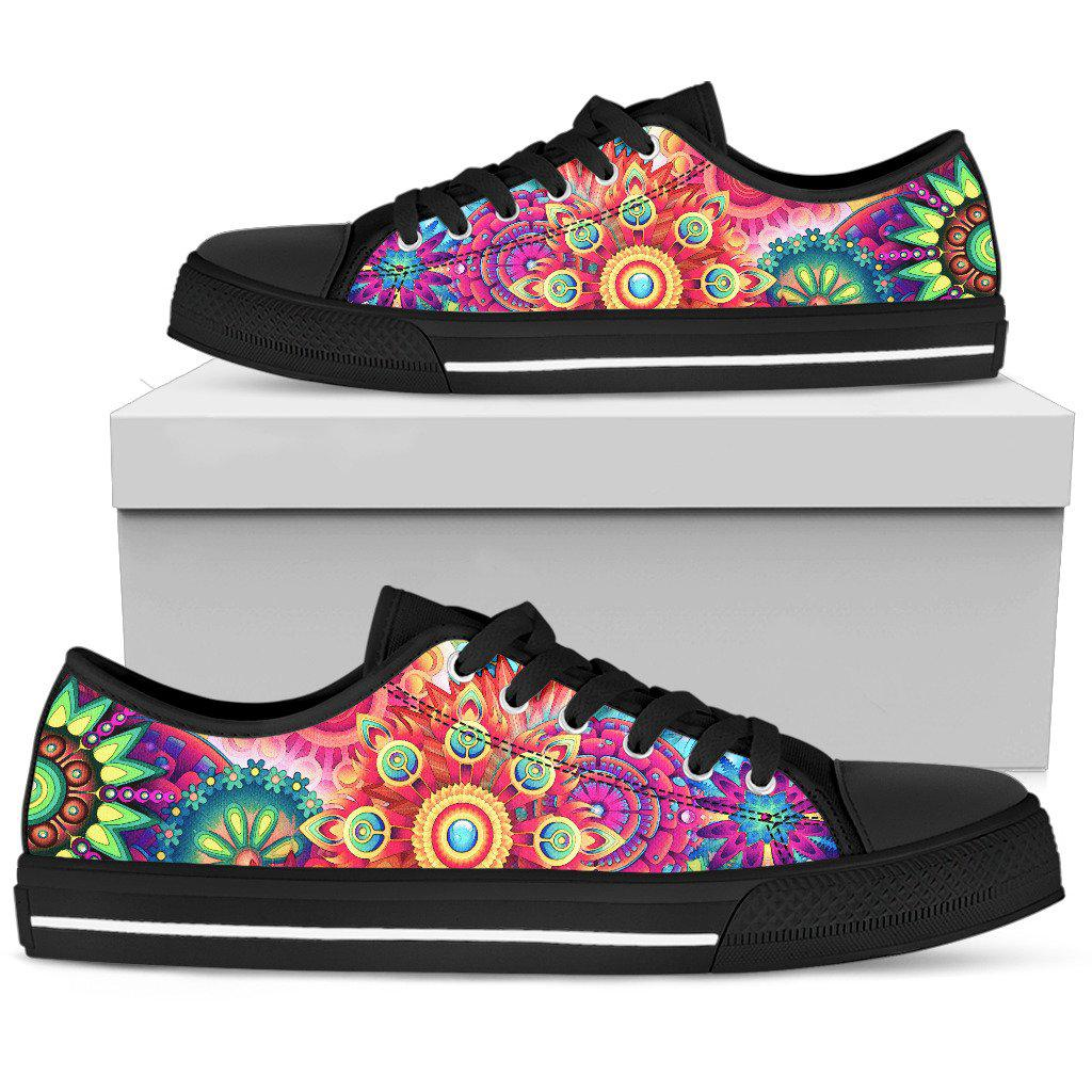 Shopeholic:Women's Low Tops Colorful (Black Sole)
