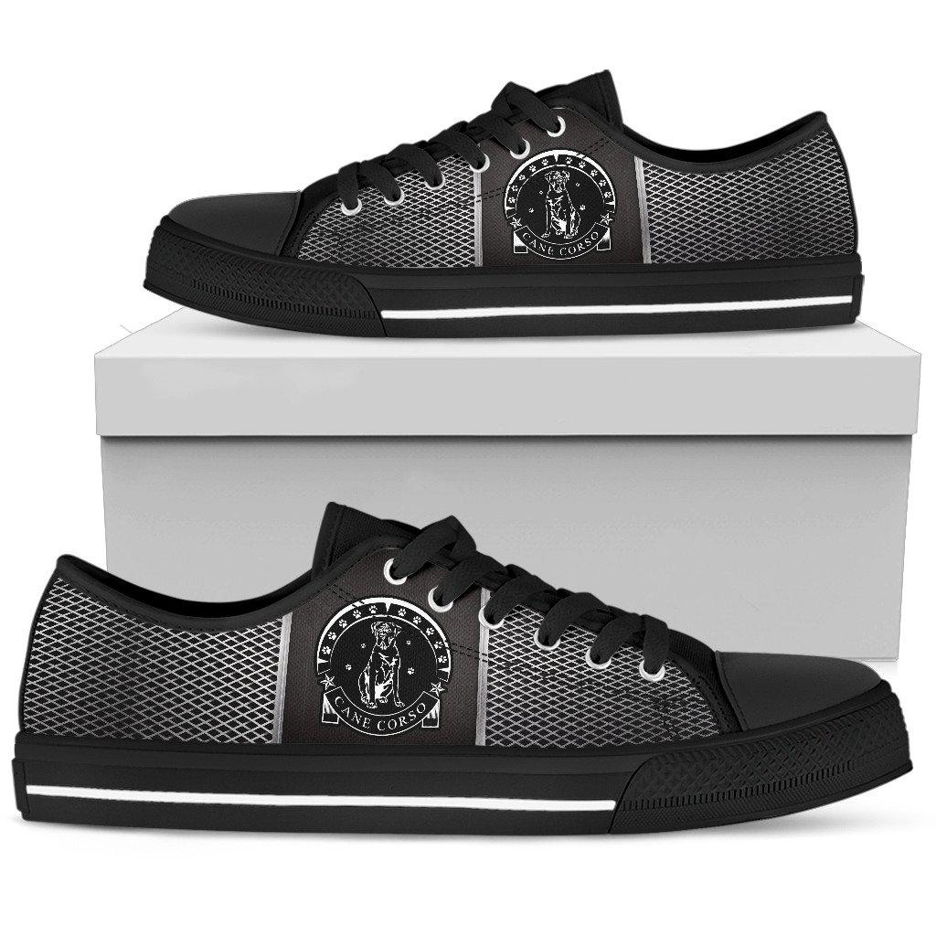 Shopeholic:Cane Corso Women's Low Top Shoe