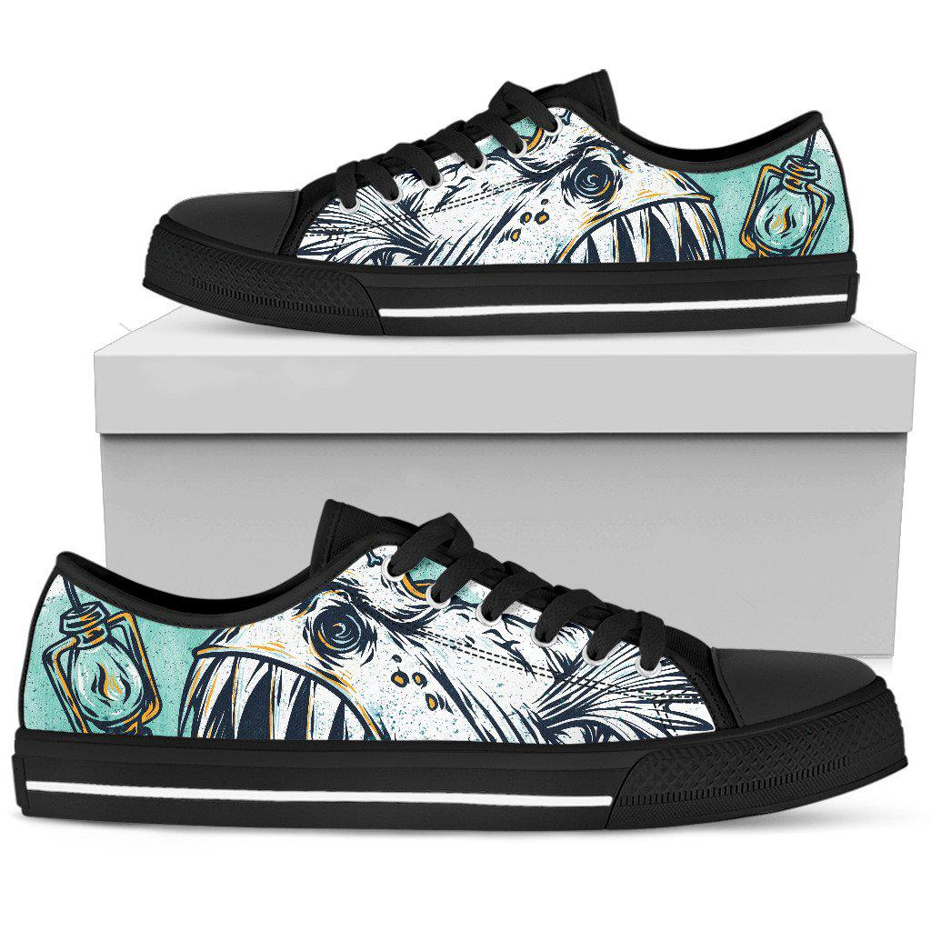 Shopeholic:Light Fish Women's Low Top Shoe
